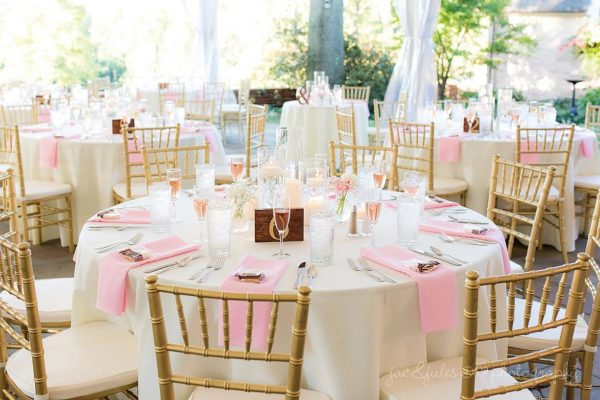 Image of Round Table and Linen Rental