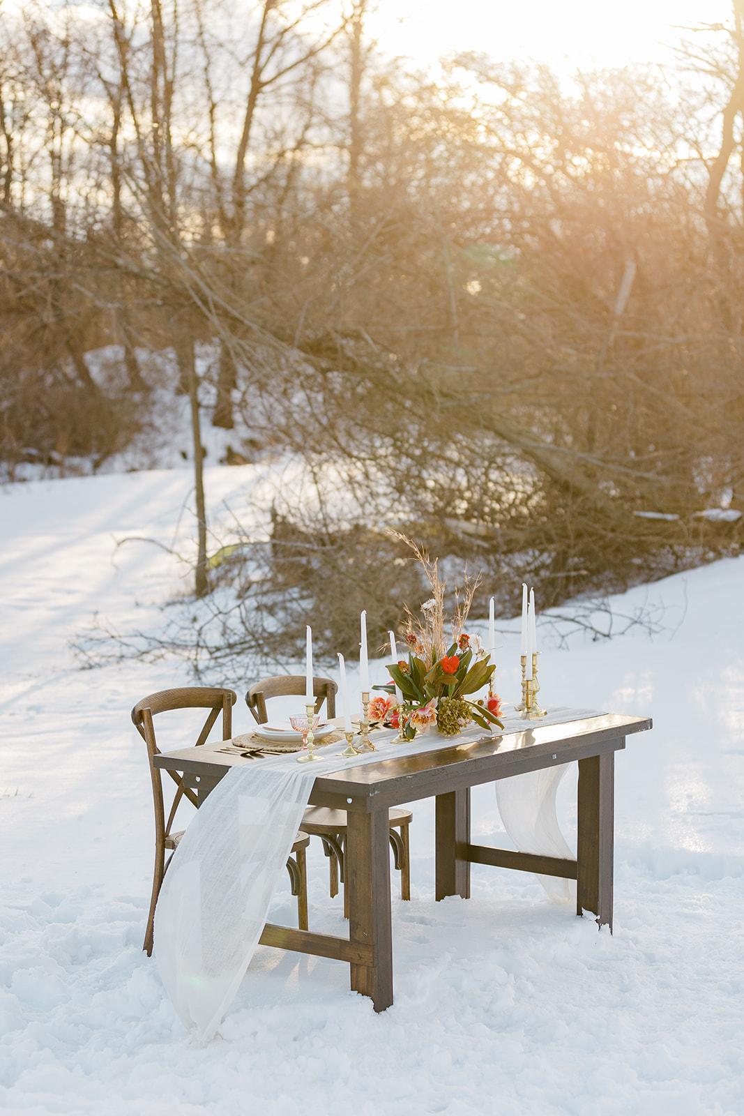 Farmhouse Sweetheart Table Rental