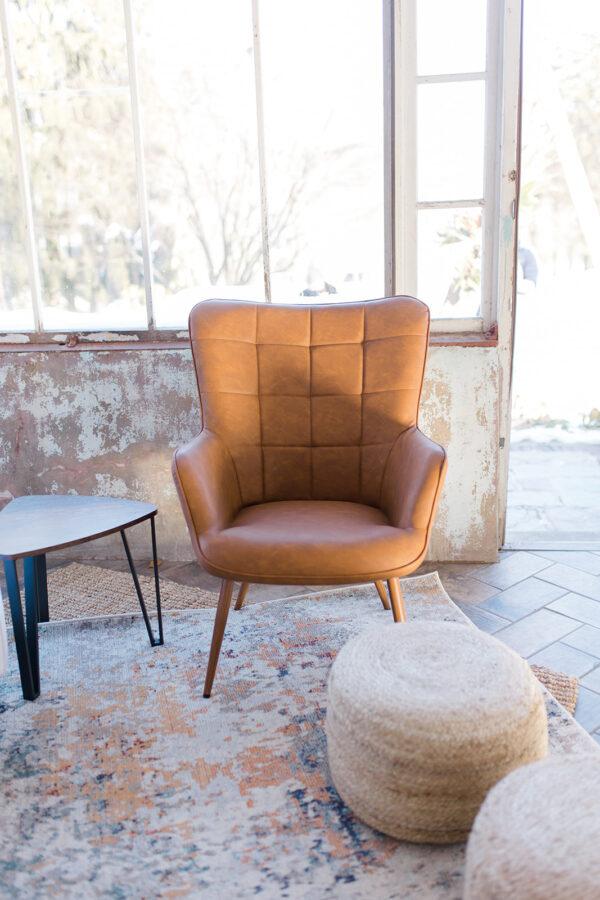 Calvin Leather Chair Rental